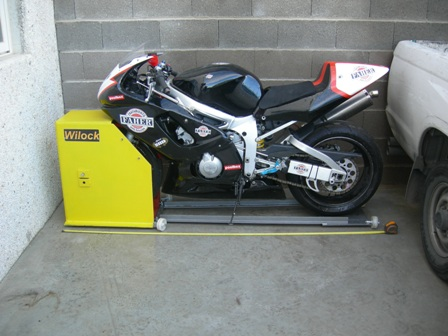 Vandalos ver tema antirrobo de motos para garaje wilock - Antirrobo moto garaje ...